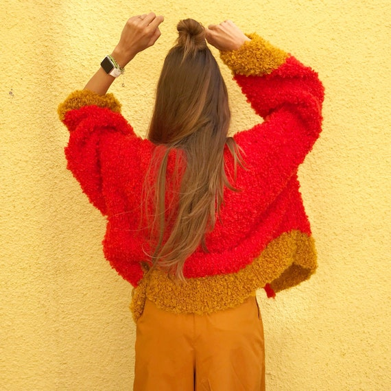 Rote mohair strickjacke