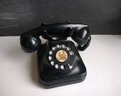Vintage desktop telephone bakelite ROTARY PHONE Dial phone 1940, Retro black phone bakelite black phone