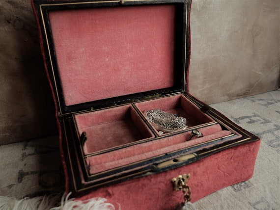 Antique Jewelry Box/ Wooden Box with Brocade Velv… - image 7