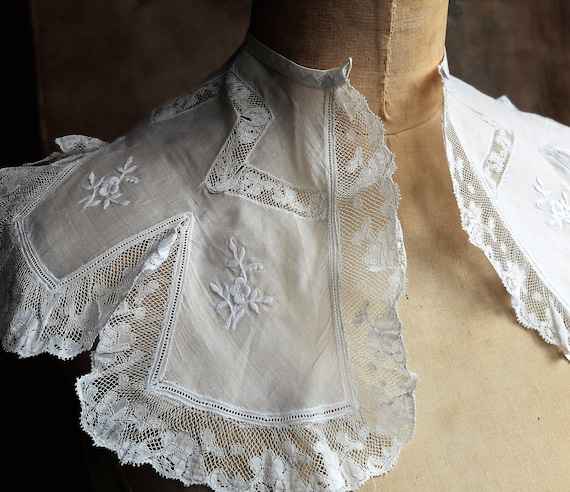 Superb Antique Lace Collar/ Handmade French Victor