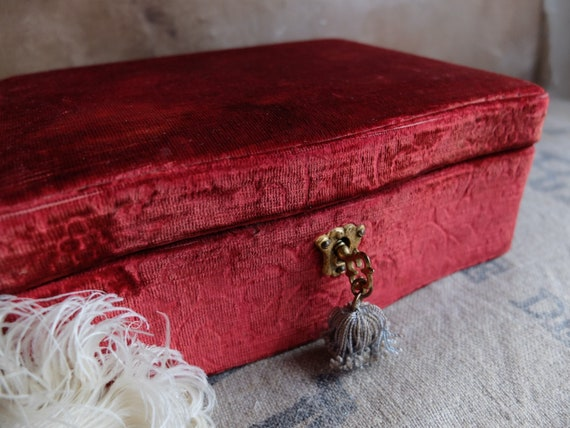 Antique Jewelry Box/ Wooden Box with Brocade Velv… - image 3