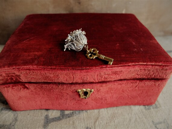 Antique Jewelry Box/ Wooden Box with Brocade Velv… - image 2
