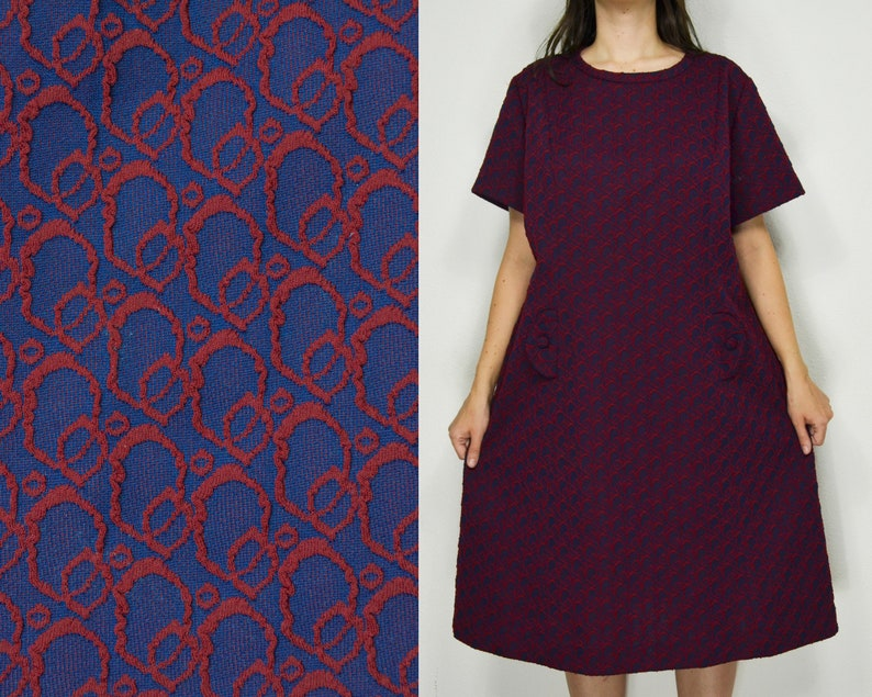 60s Mod dress plus size crimplene dress Lane Bryant bubble print in navy  blue and red