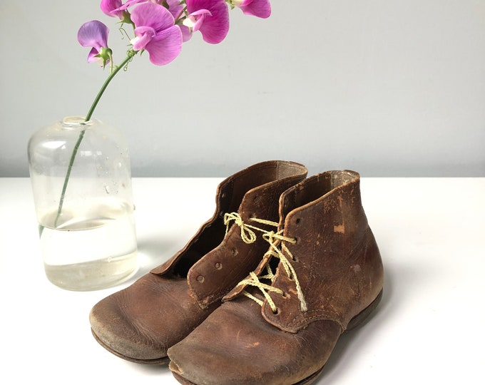 Vintage leather shoes infant Scientific shoes Self Starters