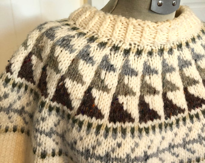 Vintage Hand Knitted Fair Isle sweater - Shetland Wool