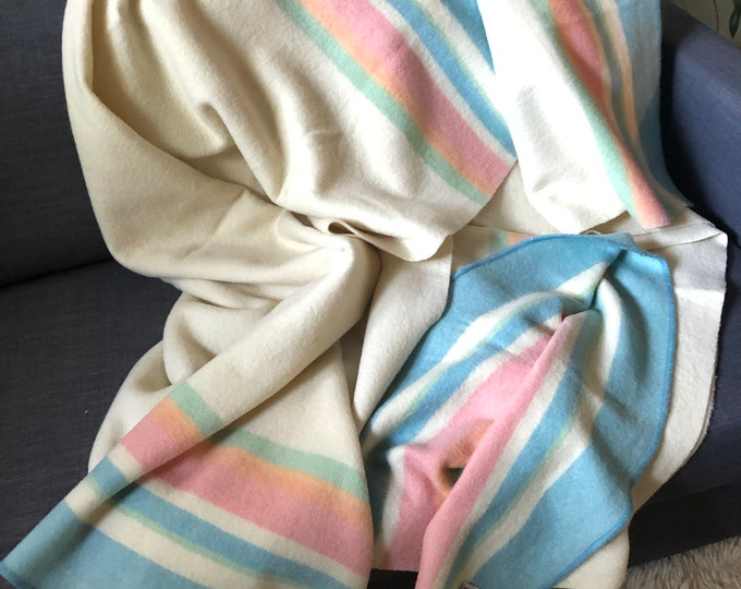 Pair of twin vintage (50s) wool blankets. Pale pink, green & blue. Mossfield Canada. Porritts and Spencer.