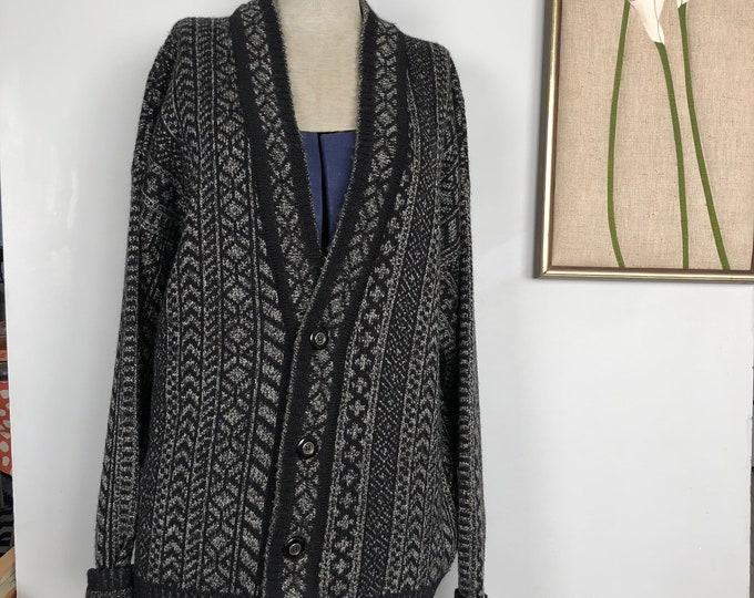 Vintage London Fog 100% Wool cardigan Size M