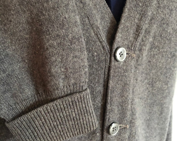 Vintage Grey CamelHair Cardigan. 40/L