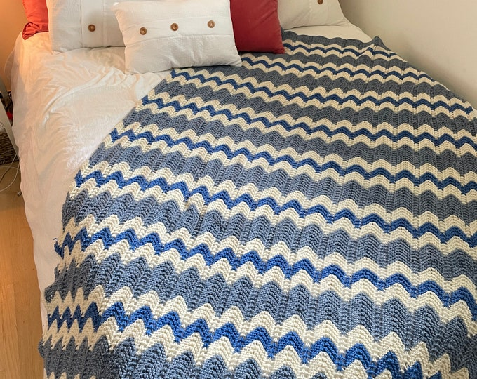 Handmade Crocheted ZigZag afghan. Blue & White