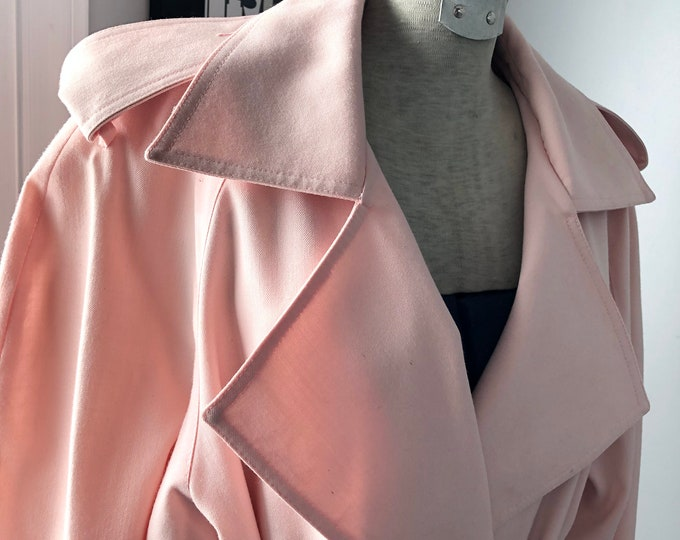 Vintage Pale Pink Trench coat - wool