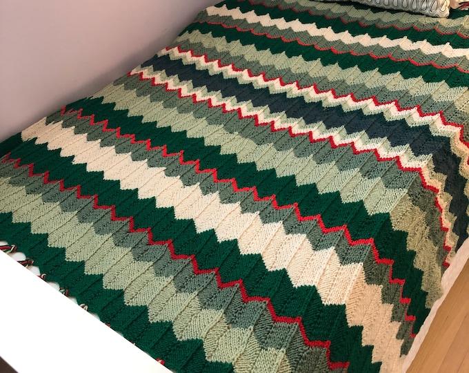 Handmade Crocheted Afghan Blanket/throw. ZigZag design