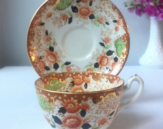 Antique Court China teacup 1918 with French loop, single rest handle