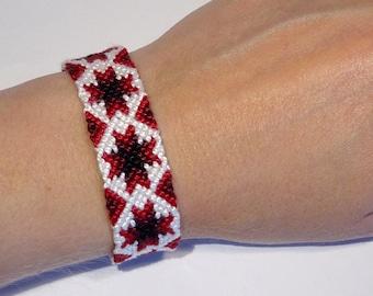 Friendship bracelet - handwoven macramé ethnic aztec tribal ibiza beach snowflake star hippie boho bresilien