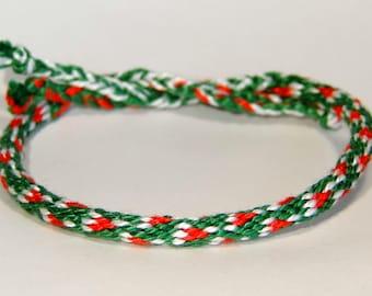 Christmas bracelet - kumihimo - handmade - xmas - x-mas - santa - winter - stocking - kerstmis - kerstmuts - gift - ooak