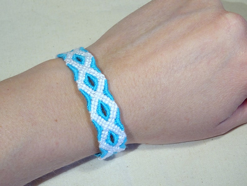 Friendship bracelet  macramé handknotted giftidea image 0