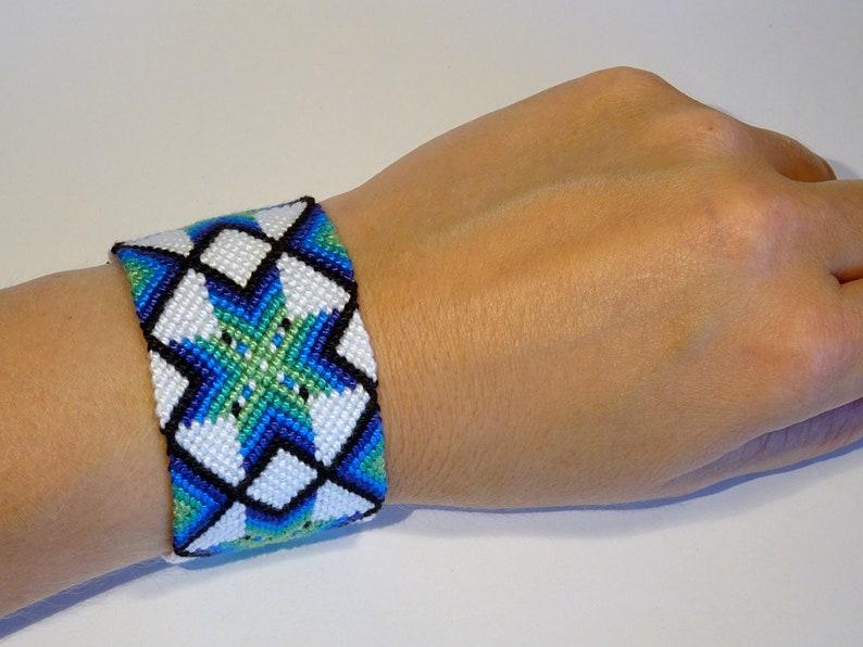 Friendship bracelet  macrame bresilien snowflake star ibiza White/blue/green