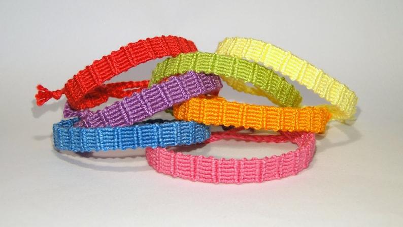 handwoven monochrome macram\u00e9 br\u00e9silien rainbow armcandy beach ibiza hippie gypsy boho gift idea Friendship bracelet