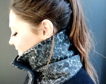 Camouflage wool collar