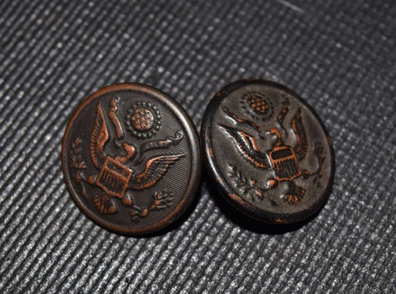 Antique Waterbury Button Company And W H  Horstmann WWI Buttons