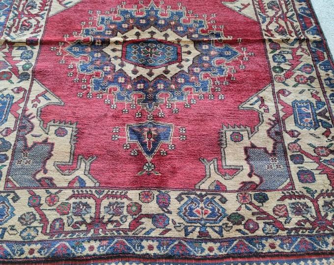 4x7 baluch rug, entryway rug, hand hooked rugs, kids rug, area rug, white rug, indoor rug, red rug, oushak vintage rugs, large floor rugs