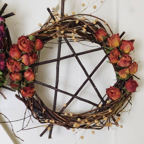 """Willow Wreath Protective Charm 9"""""""