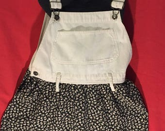 Overall Inspired Romperw/tiny daisy print/by EXP/Size M