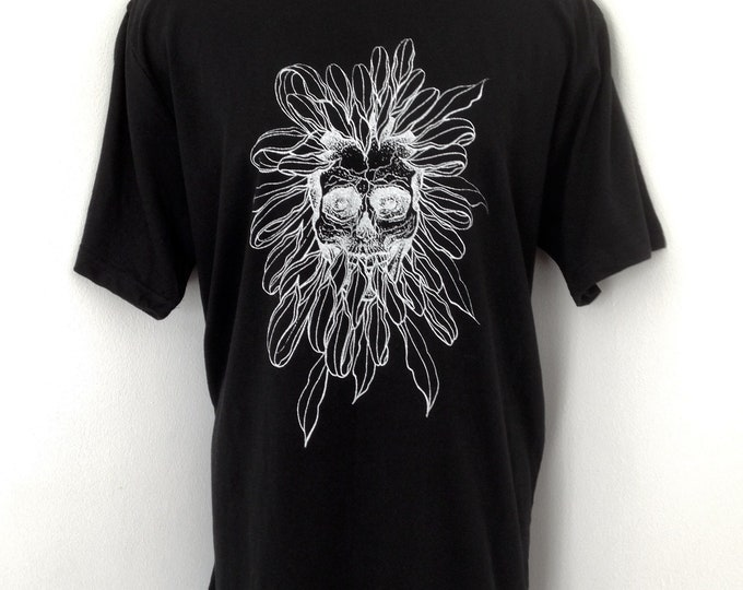 Chrysanthemum flower with skull, blackwork/dotwork tattoo style handprinted onto 100% cotton unisex tshirt. Size: L