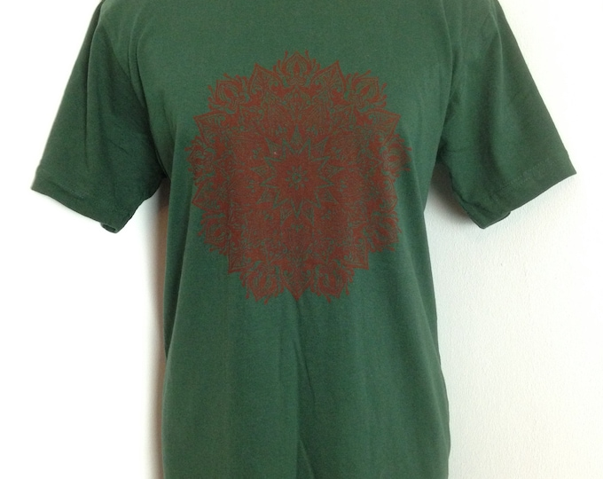 Mandala design handprinted into firest/bottle green unisex cotton tshirt. Size M