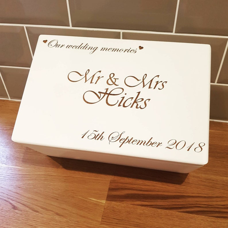 Wedding Keepsake Box Wedding Memory Box Wedding Gift Box Personalised Wedding Box Rustic Wooden Keepsake Box Wedding Gift Mr And Mrs