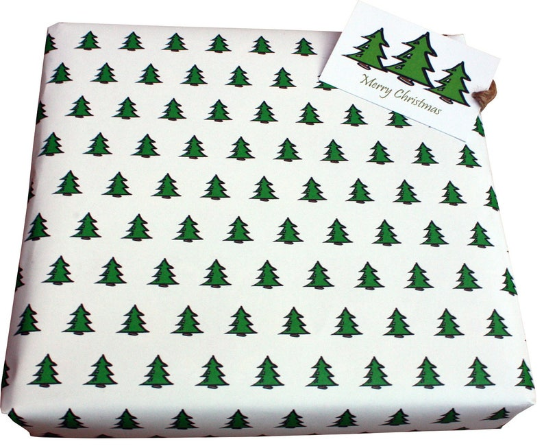 ECO Friendly on recycled paper Festive XMAS Gift Wrap O Christmas Tree White 1 sheet  1 tag Christmas Wrapping Paper