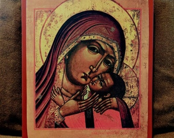 """Beautiful 19th century Russian icon of the Mother of God """"of Tenderness"""". Approximately 25*28 cm."""
