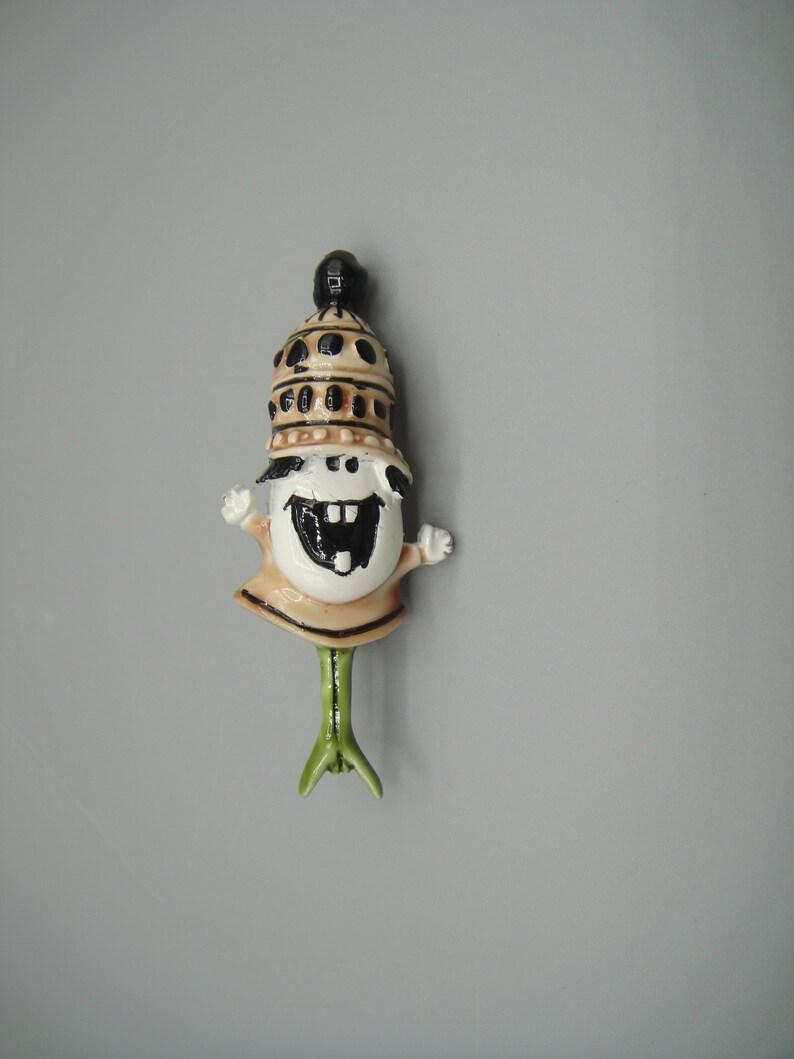 Hargo HAR  Figural Hillbilly Brooch  Figural Costume Jewelry Brooch