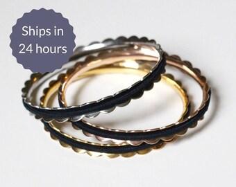 Hair Tie Bracelet Scalloped Stainless Steel Bangle Bracelet in Silver b97367e18e2