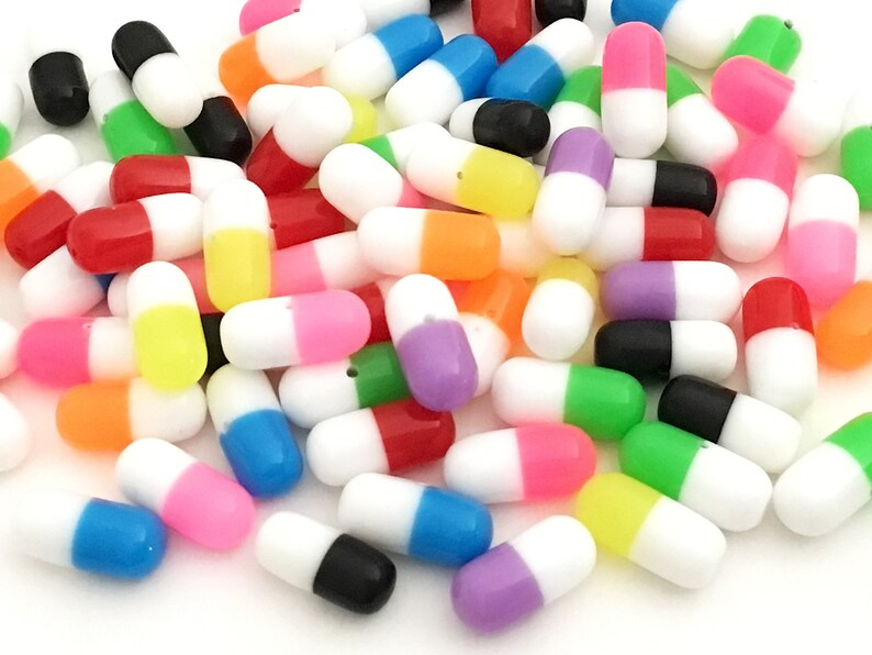 4568f4a57466f Mini Pills Cabochons - Rainbow Colors (15 pcs by Random) Kawaii Cute Fake  Mini Deco Resin Dollhouse Miniatures