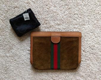 4c91fb25b Vintage Gucci Brown Suede Clutch Handbag