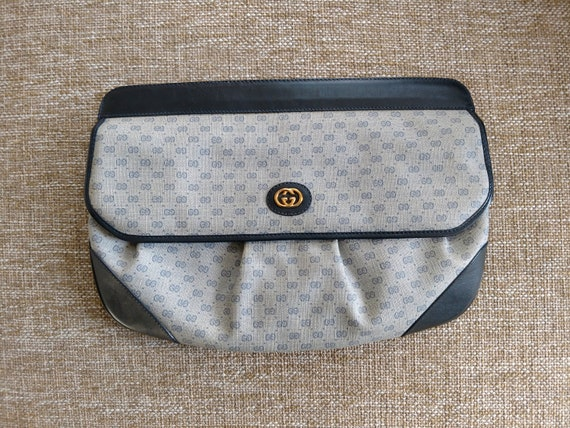 3f31cd23a55 Blue Vintage Gucci Clutch Handbag Purse Authentic