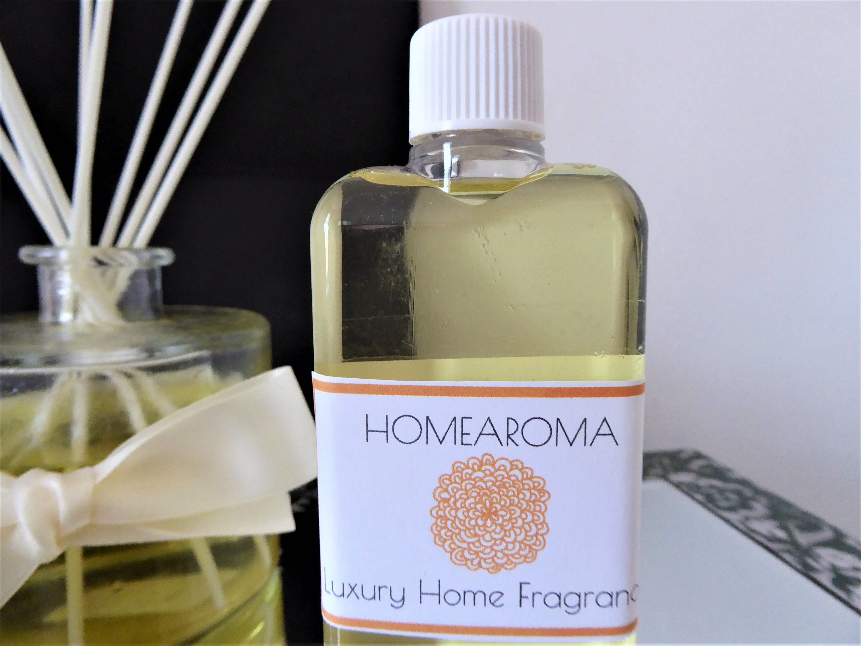 Luxury Black Fluffy Reed Diffuser - Aromas De Amour