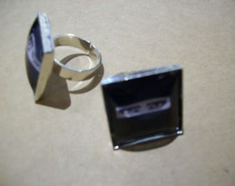 Siouxsie Sioux Eyes Inspired Square Ring
