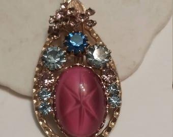 teardrop shape pendant