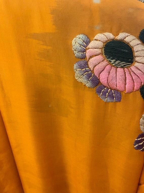1930s Embroidered Kimono - image 5
