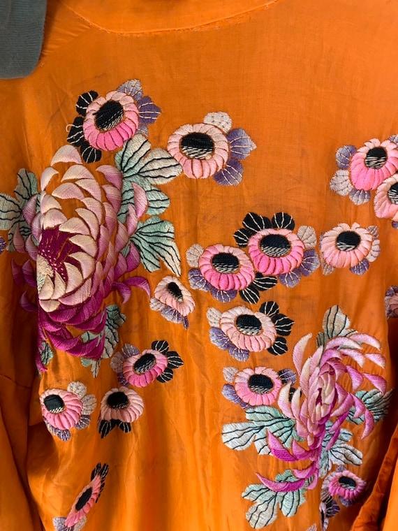 1930s Embroidered Kimono - image 6
