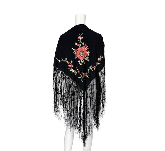 1970s Embroidered Shawl