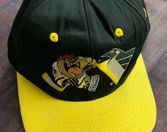 570439ea0 Vintage 90s Pittsburgh Penguins Taz Embroidered Snapback Black & Gold NHL  Hockey
