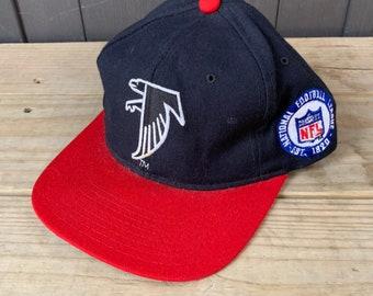 Vintage 90s Atlanta Flacons NFL Hat Embroidered Starter Snapback Cap e1a866b65fb