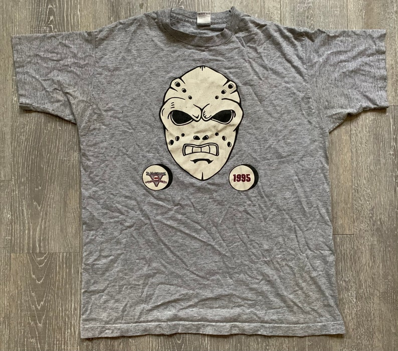Vintage 90s St.Margaret Hockey Fall Face Off Goalie Mask 1995 Gray T Shirt Sz Large Fruit of the Loom Made In USA Worn