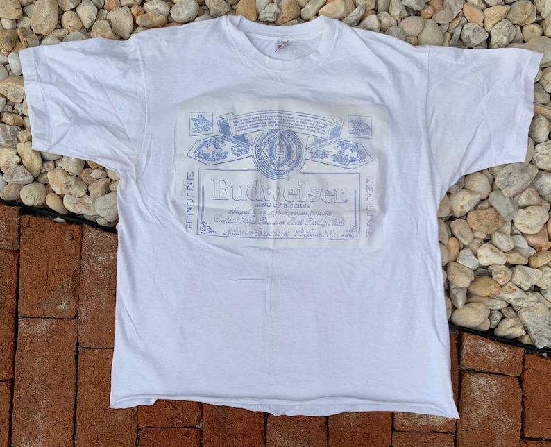 Vintage 90s Budweiser The King Of Beers White Fruit Of The Loom Cropped T shirt Size Large Made in USA
