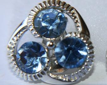 ON SALE!!! Vintage Kramer Blue Rhinestone earrings