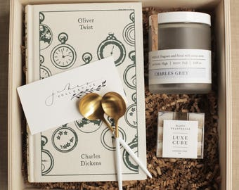Oliver Twist Gift Box (wooden box not included)
