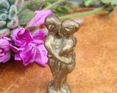Vintage Miniature Kiss Brass Figurine Innkoo Love Amulet Buddhist Statue Feng Shui Decor Travel Shrine