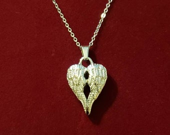 Memorial Jewelry Urn Jewelry Wing Urn Cremation Jewelry Fillable Jewelry Red Carnellion Angel Wings Urn Necklace